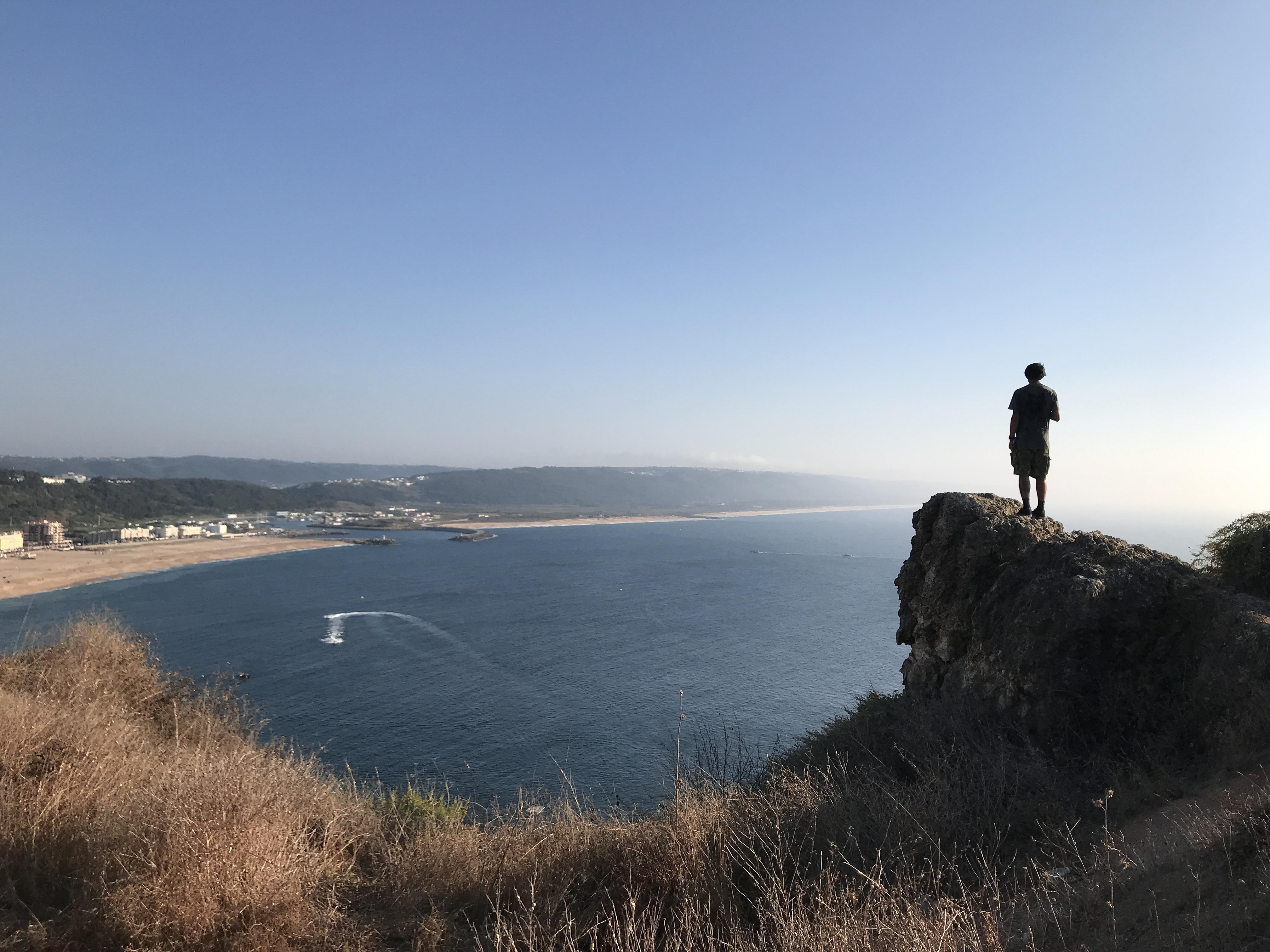 praia nazaré portugal